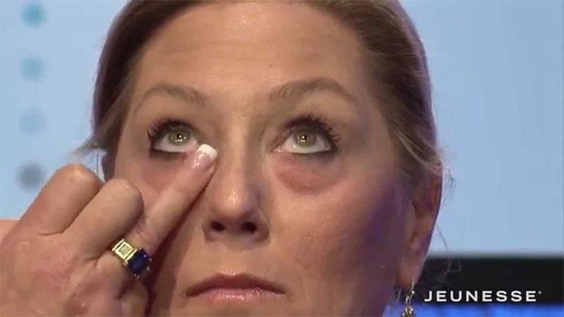 как пользоваться наносим лифтинг-крем под глаза