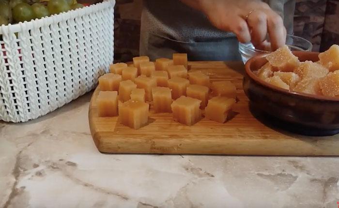 нарезанный яблочно-грушовый мармелад