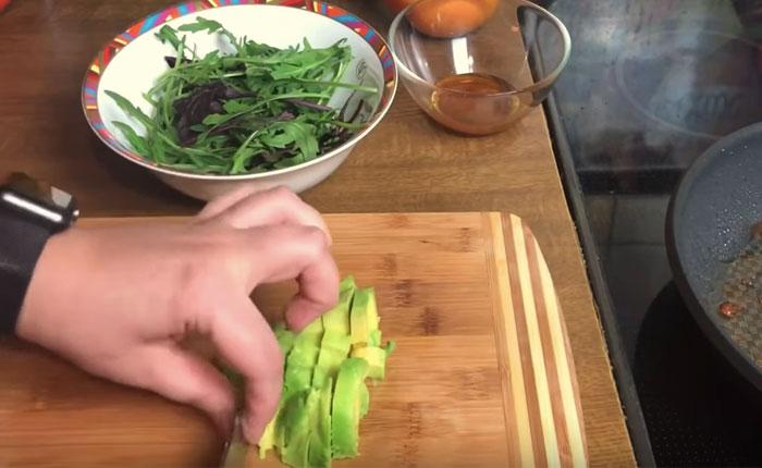 нарезка авокадо