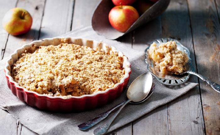 Яблочный крамбл — 5 рецептов фруктового десерта